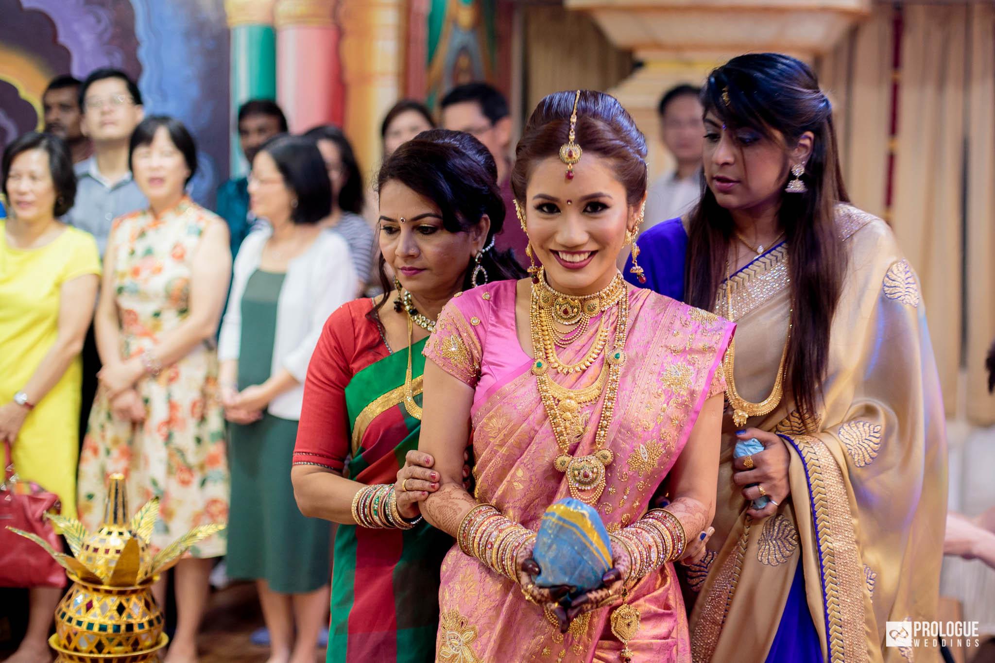 150222-Singapore-Indian-Wedding-Photography-Gowri-Haridas-022 | Prologue Weddings